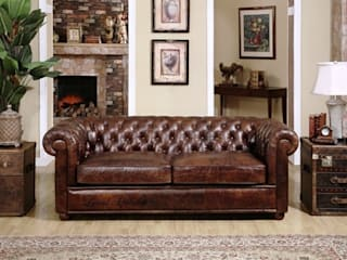 Charming Chesterfield Inspired Furniture: classic  by Locus Habitat,Classic