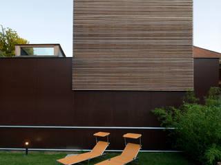 Photo Cecile Champy: Maisons de style de style Scandinave par Fabienne Bulle architecte & associés