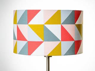 Appliques, lampes et abat-jour:  de style  par Lia's DeLights