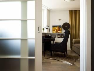 Квартира 120 кв.м. на ул. Комарова, Москва Дизайн-бюро Галины Микулик Рабочий кабинет в эклектичном стиле