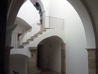raffaele iandolo architetto Moderne gangen, hallen & trappenhuizen