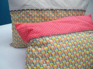 Coussins Noeuds Papillons - Tissu Bio:  de style  par Petits Pinpins