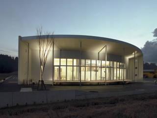 白の医院 オリジナルな医療機関 の たわら空間設計㈲ オリジナル
