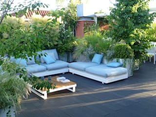 Terrace by CRISTINA MAZZUCCHELLI GREEN DESIGN