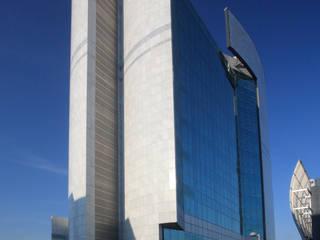 Torre L- prospetto interno: Case in stile in stile Moderno di P.R.P. srl