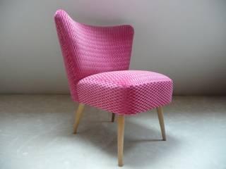 Fauteuil cocktail rose:  de style  par Atelier Caroline Courroy
