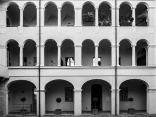 La casa nel centro Case classiche di STUDIO CRAVERO - BONETTO S.S. Classico