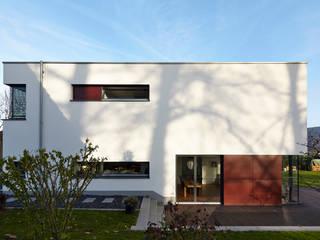 Modern houses by Fachwerk4 | Architekten BDA Modern
