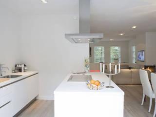 Cocinas de estilo minimalista de By Lenny Minimalista