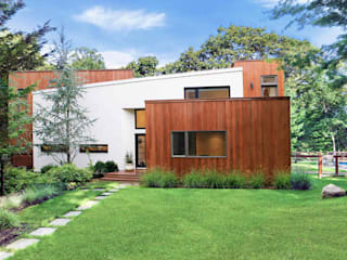 Modern Beach House - East Hampton, NY Modern home by Eisner Design Modern