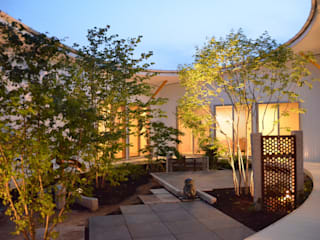 Jardines de estilo  por ヒロノアソシエイツ一級建築士事務所, Moderno