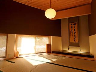 Villa K2 Atelier Boronski Dormitorios de estilo asiático