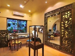Vistara Jewellers Espaces commerciaux originaux par The Orange Lane Éclectique