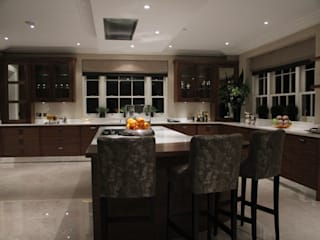 Project 5 Virginia Water de Flairlight Designs Ltd Moderno