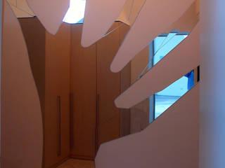 Casa Apice Bellini di raffaele iandolo architetto Moderno