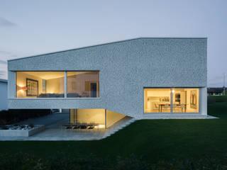 Haus in der March Minimalistische Häuser von kit Minimalistisch