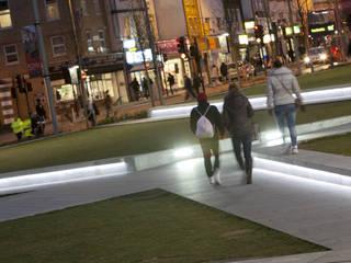 Woolwich Squares Spazi commerciali moderni di Reggiani SPA Illuminazione Moderno