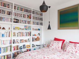 modern Bedroom by Lise Compain