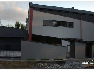 Dom jednorodzinny w Prażmowie: styl , w kategorii  zaprojektowany przez OPS Architekt Maciej Olczak