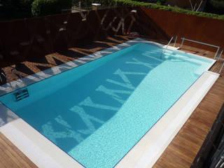 moderner Pool von raffaele iandolo architetto