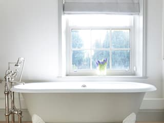 Drummonds Case Study: Georgian Farmhouse, Surrey от Drummonds Bathrooms Кантри