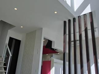 IDEAL: 株式会社IDEAL建築設計研究所が手掛けた廊下 & 玄関です。,