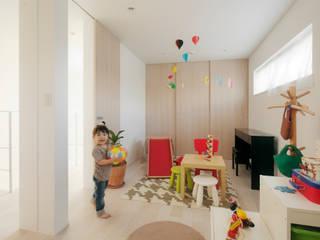 Modern Kid's Room by H建築スタジオ Modern