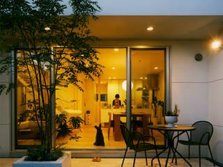 Modern Garden by H建築スタジオ Modern