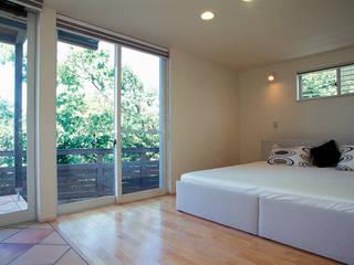 Modern style bedroom by ジェイ石田アソシエイツ Modern