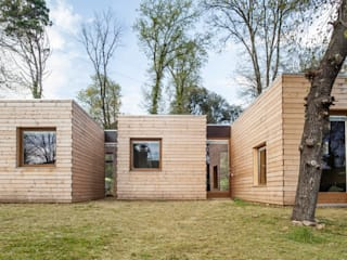 Houses by Alventosa Morell Arquitectes, Modern
