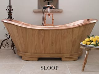 The Sloop Copper bath clad in Oak: eclectic Bathroom by Hurlingham Baths