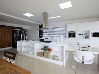 Rafaela Dal'Maso Arquitetura Dapur Modern
