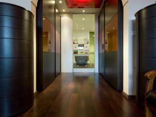 LA CUISINE DANS LE BAIN SK CONCEPT Modern dressing room