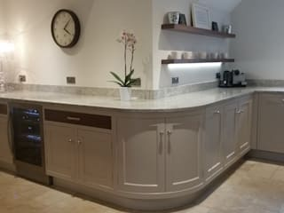 hand painted and walnut Country style kitchen by Place Design Kitchens and Interiors Country