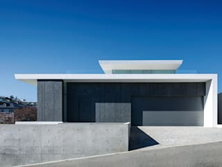 Houses by YUCCA design, Minimalist