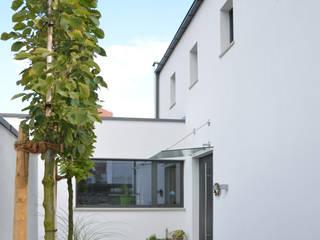 SPE15 - Wohnhaus Moderne Häuser von JÖRN KNOP ARCHITEKt+INNENARCHITEKT Modern