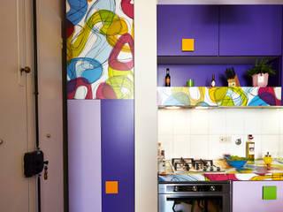 Ingresso: Cucina in stile in stile Moderno di Diciassette Tredici