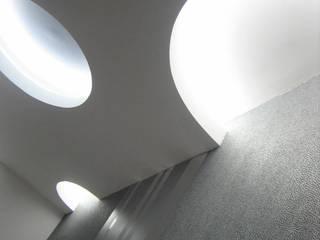 Casa Apostolico Ingresso, Corridoio & Scale in stile moderno di Eccellenze Italia ® Moderno