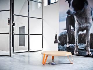 Level Oranje - Ø70cm - Hoogte 23cm :   door DesignStudioVandaag