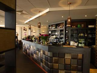 Sparkle hanglampen in een restaurant in België:   door DesignStudioVandaag