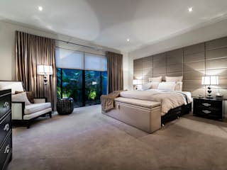 Floreat Residence:  Bedroom by Moda Interiors