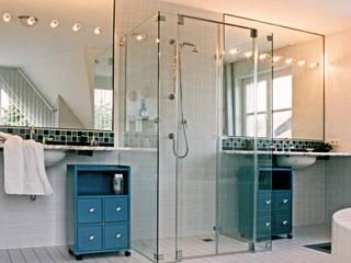 Baden zu Viert Moderne Badezimmer von Dielen Innenarchitekten Modern