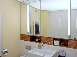 Waschtisch Moderne Badezimmer von Dielen Innenarchitekten Modern