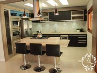 RESIDÊNCIA DB: Cozinhas  por Apê 102 Arquitetura,Moderno