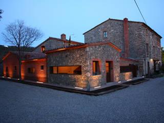 Masia Casas de estilo rural de ruiz carrion espais Rural
