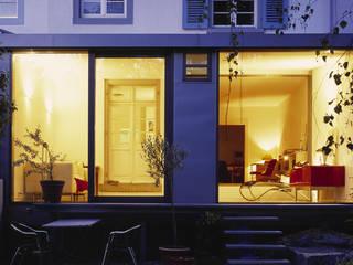 Haus U:  Wintergarten von Gies Architekten