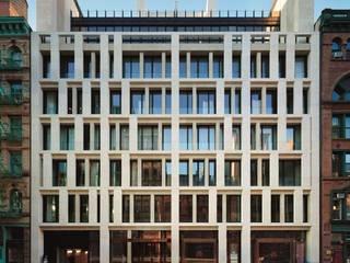 ASTEC ARCHITECTURAL BRONZE Case in stile minimalista di ASTEC Minimalista
