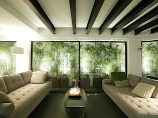 OneByNine Tropical style living room