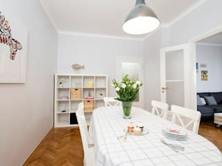 Scandinavian style dining room by Better Home Scandinavian