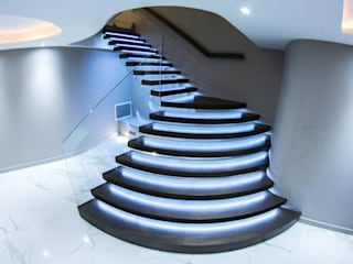 Exclusive Cantilever Floating staircase with LED Lights Railing London Ltd Corridor, hallway & stairsStairs